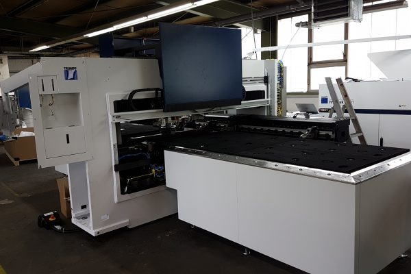 Adler Aufbau TC1000 Fibre Stanz-Laser - Kombimaschine